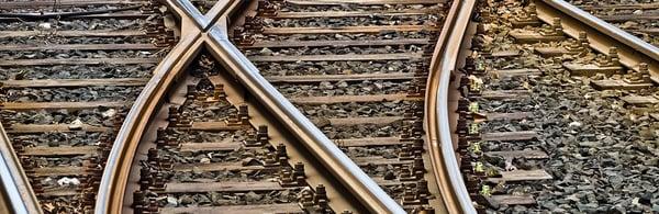 rails_1230x400